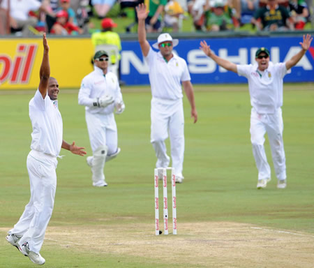 Vernon Philander appeals for one of his five wickets