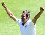 Imran Tahir celebrates one of his three wickets