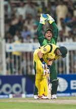 Kamran Akmal appeals after unsuccessfully stumping Michael Hussey