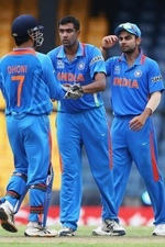 India celebrate after dismissing Shahid Afridi for a duck