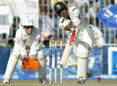 Mohammad Yousuf plays a shot